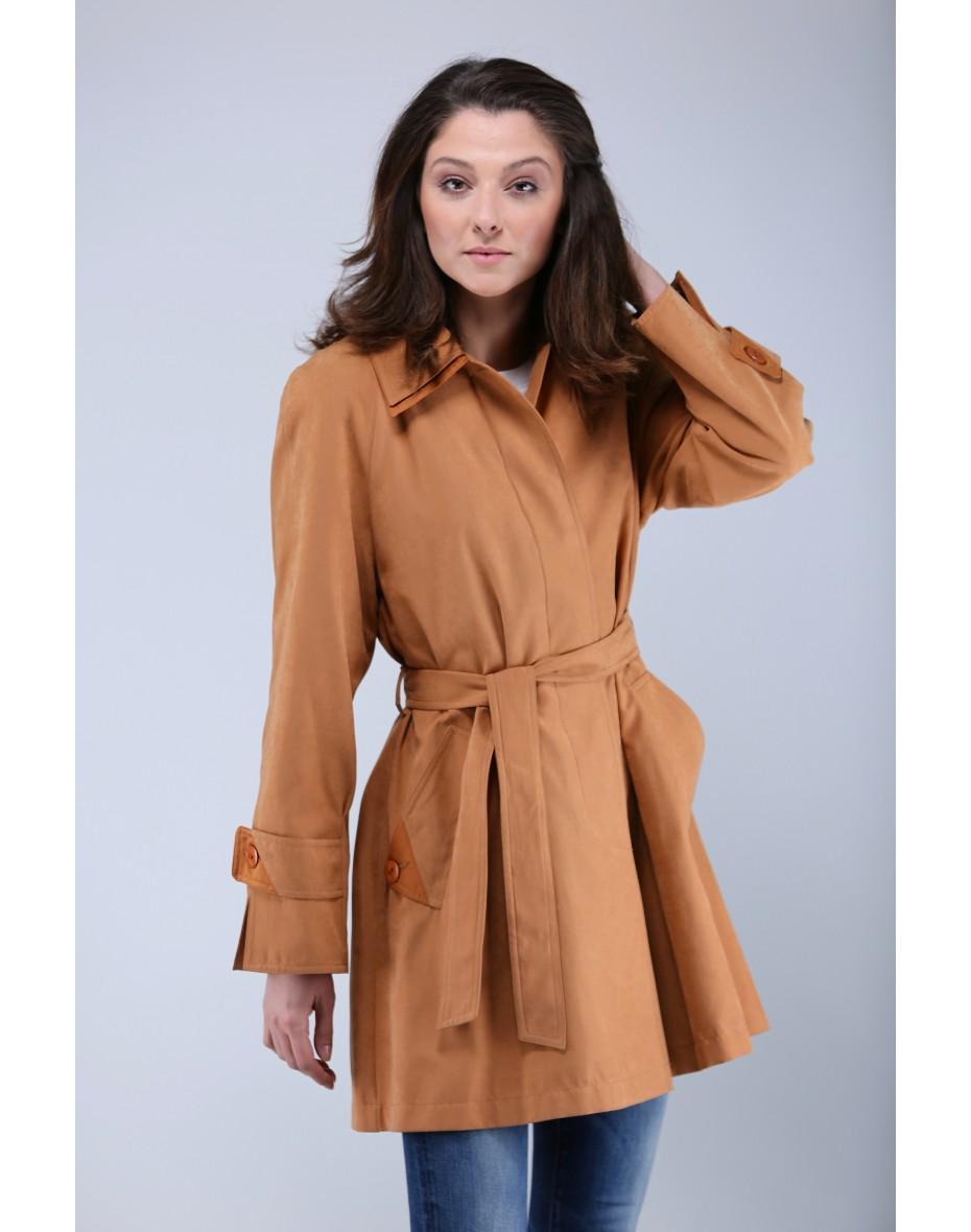 Дамски къс шлифер в пастелно оранжево