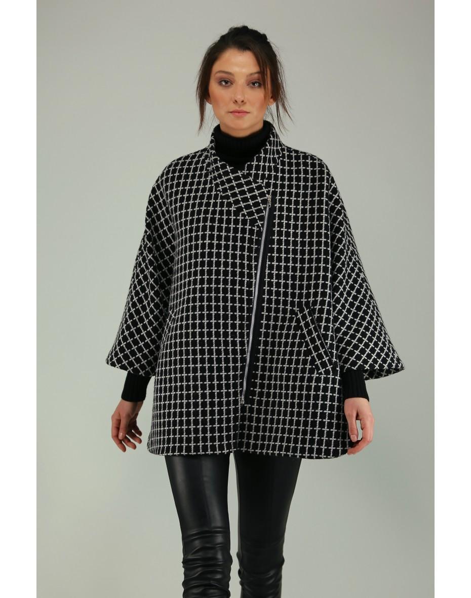 Дамско палто тип пелерина с асиметричен цип